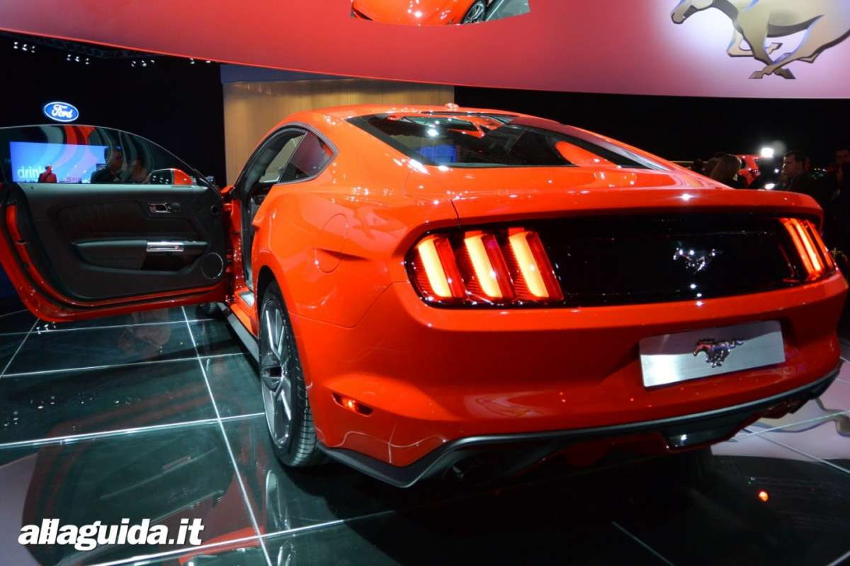 nuova Ford Mustang, retrotreno