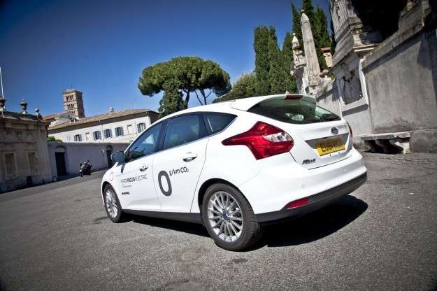 Ford Focus Electric posteriore