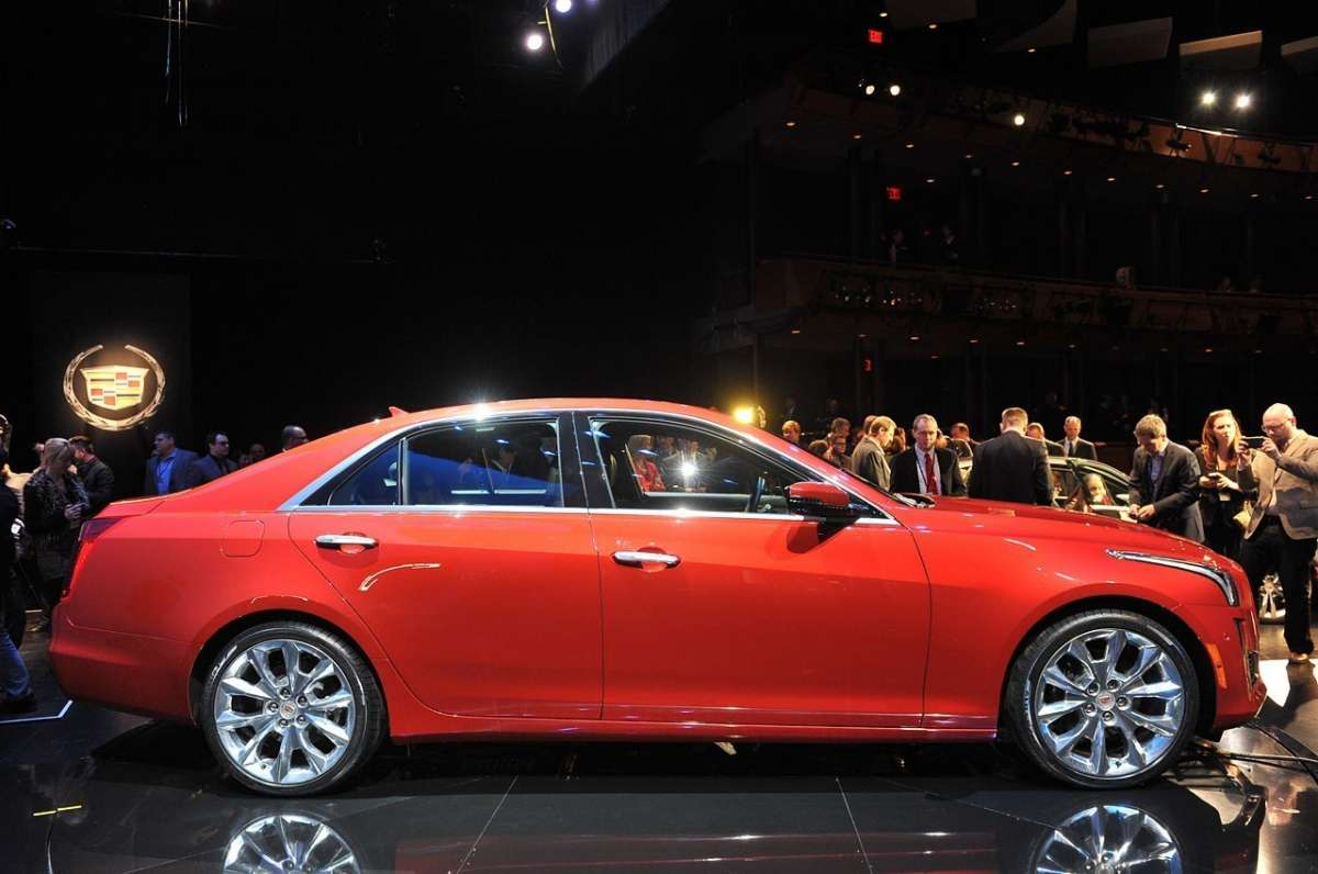 Cadillac CTS 2014 laterale
