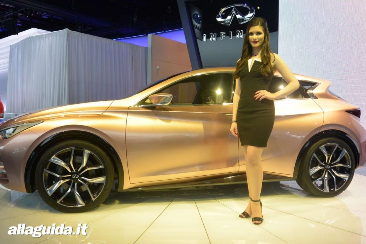 Le Hostess del NAIAS 2014 (1)