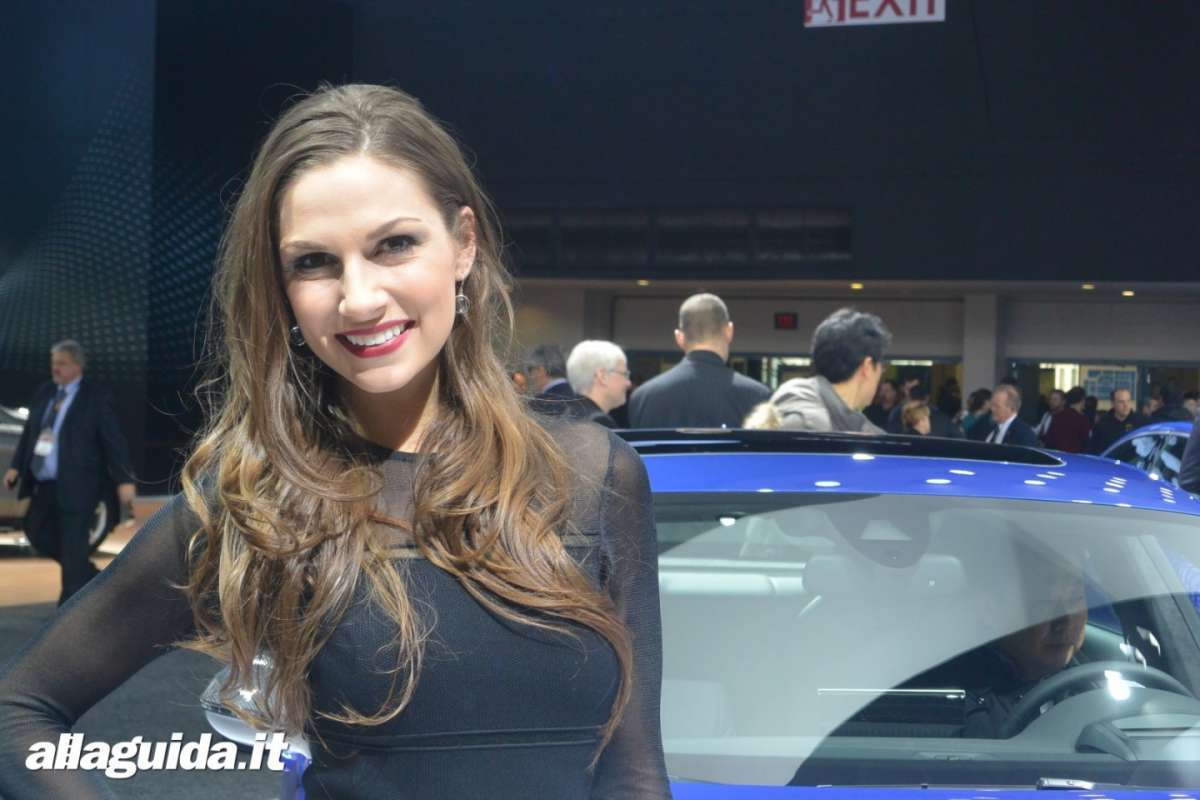 Le Hostess del NAIAS 2014 (5)