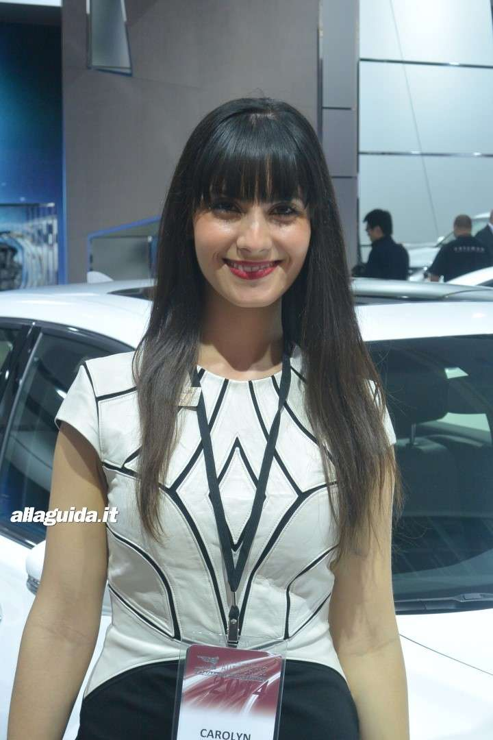 Le Hostess del NAIAS 2014 (15)