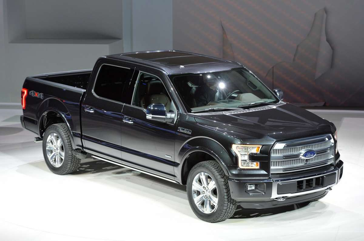 Nuovo Ford F-150 2014 frontale