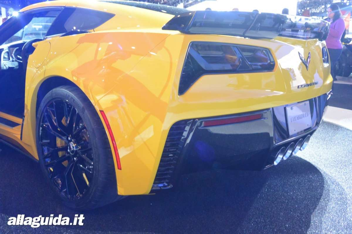 Chevrolet Corvette Z06, Salone di Detroit 2014 - 08