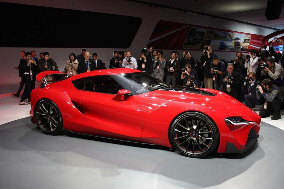 Toyota FT-1 laterale