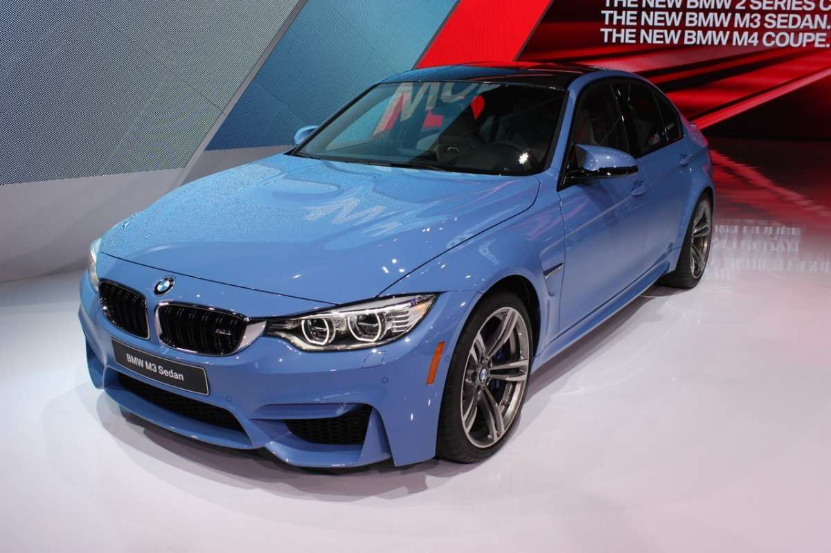 Bmw M3 berlina frontale