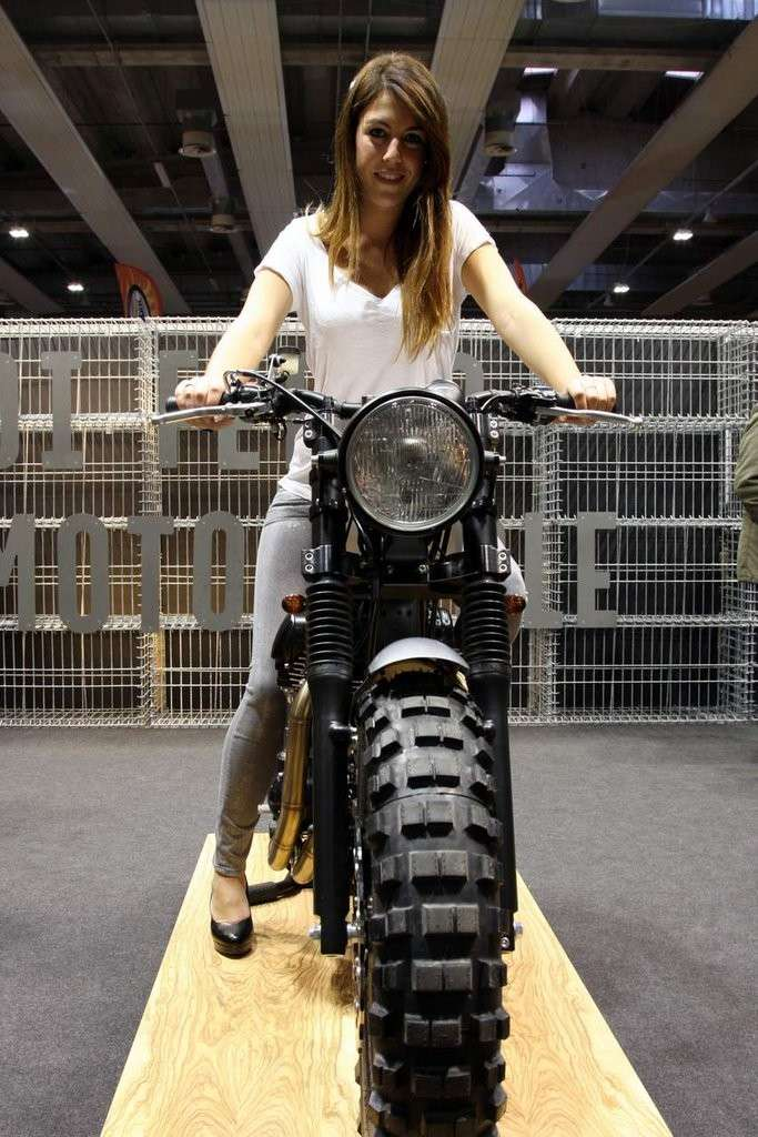 Hostess MotorBike Expo 2014 (2)
