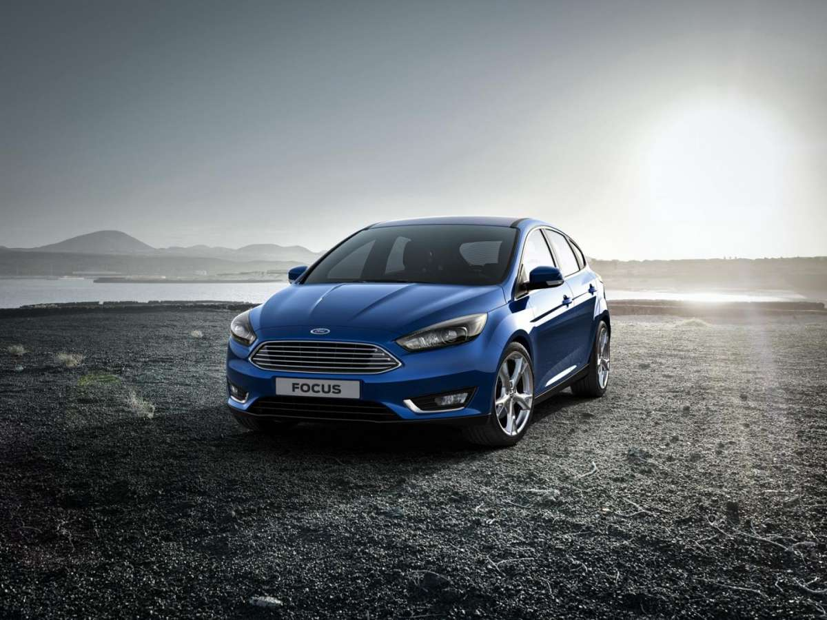 Vista frontale Ford Focus facelift 2014