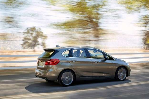 Bmw Serie 2 Active Tourer 2014 su strada