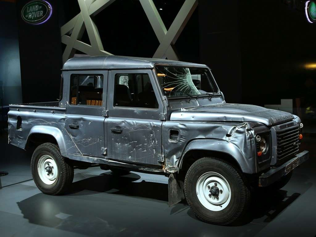 Land Rover (Skyfall)