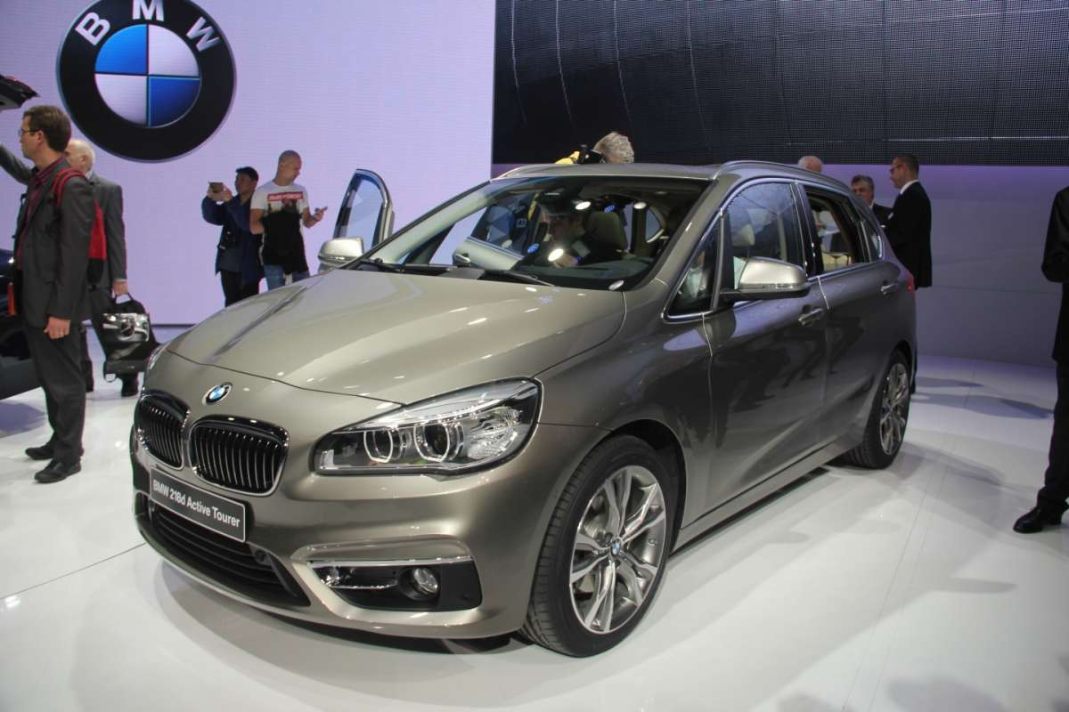 BMW Serie 2 Active Tourer frontale