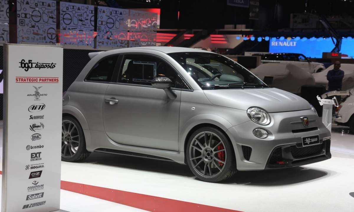 Abarth 695 Biposto laterale