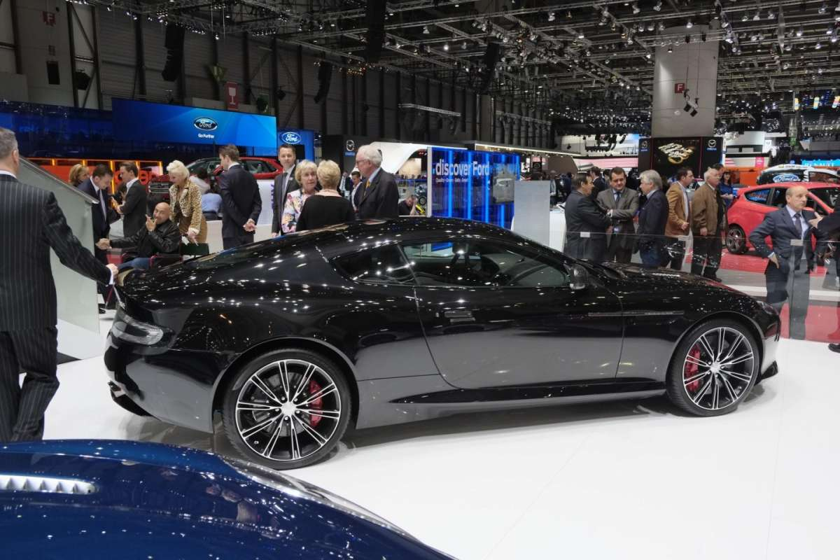 Aston Martin DB9 Carbon Black, Salone di Ginevra 2014 - 3