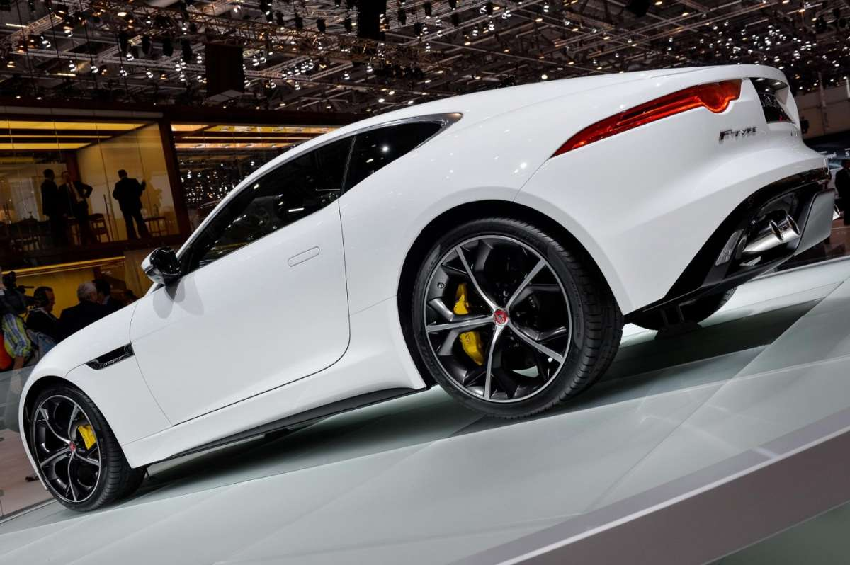 Jaguar F-Type coupe, Salone di Ginevra 2014 - 03