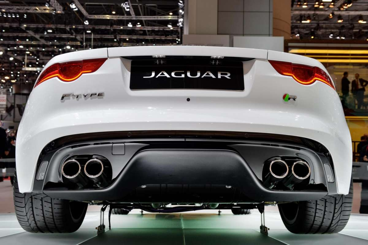 Jaguar F-Type coupe, Salone di Ginevra 2014 - 04