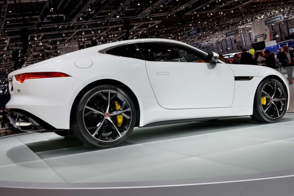 Jaguar F-Type coupe, Salone di Ginevra 2014 - 05