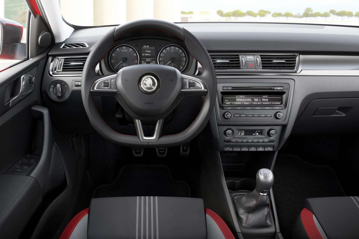 Skoda Rapid Spaceback Monte Carlo interno