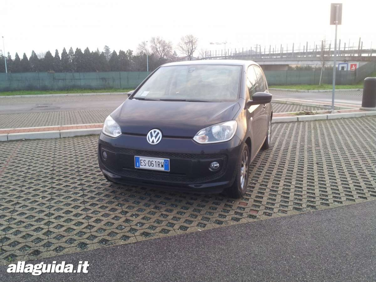 Volkswagen Eco-Up! a metano, prova su strada