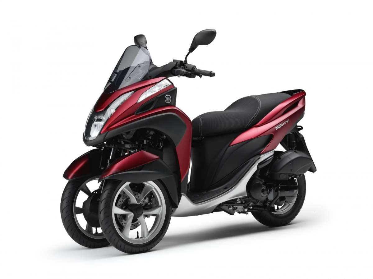 Yamaha Tricity Red