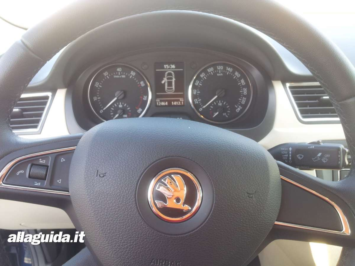 Skoda Rapid cruscotto