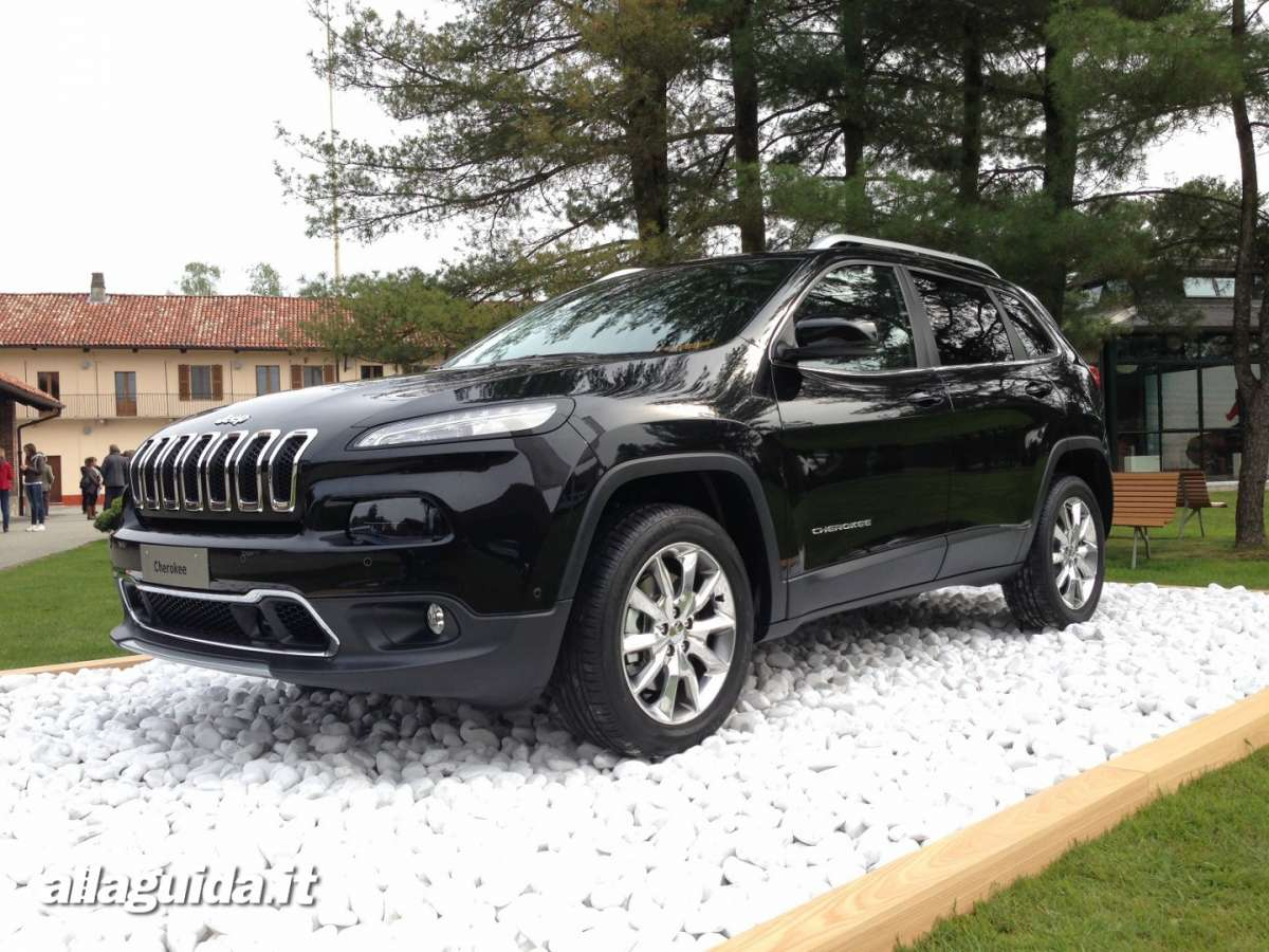 Jeep Cherokee 2014 frontale
