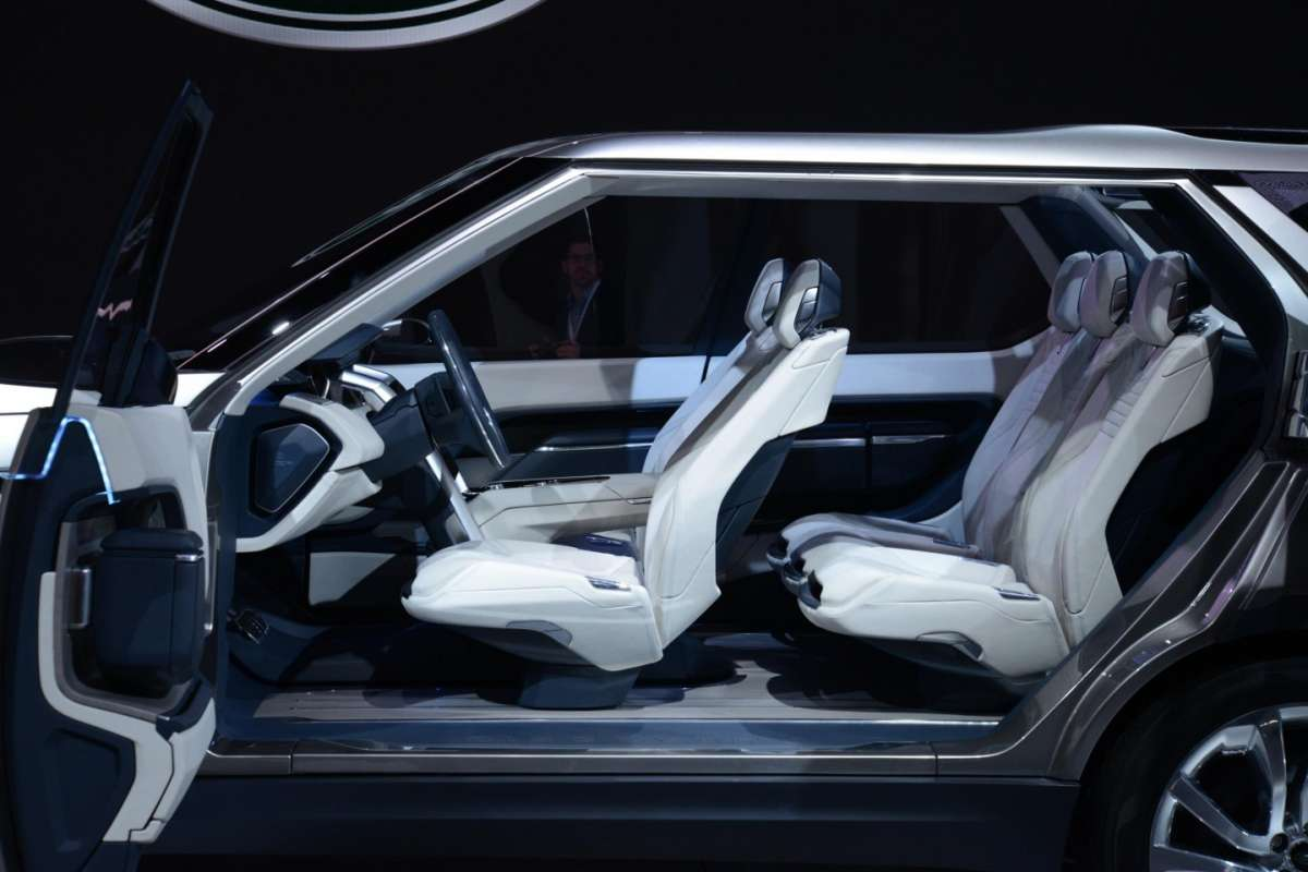 Land Rover Discovery Vision concept, Salone New York 2014 - 07