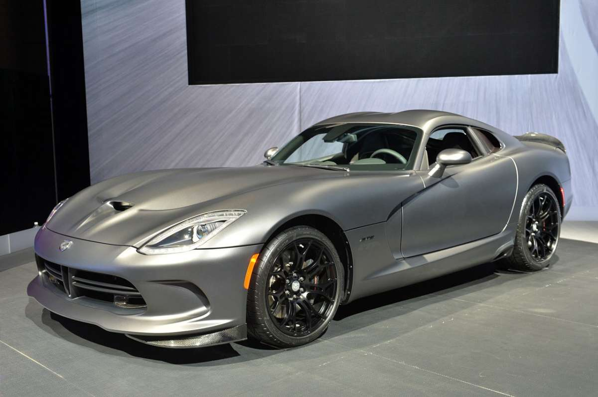 Vista dal vivo SRT Viper GTS Anodized Carbon
