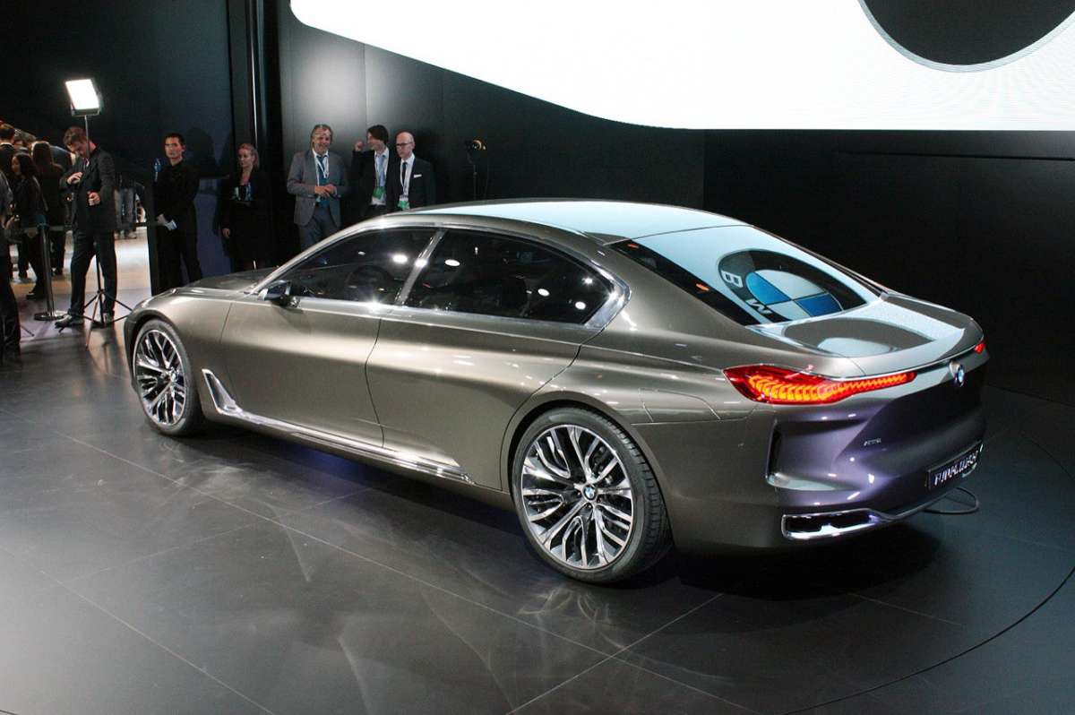 BMW Vision Future Luxury Concept posteriore