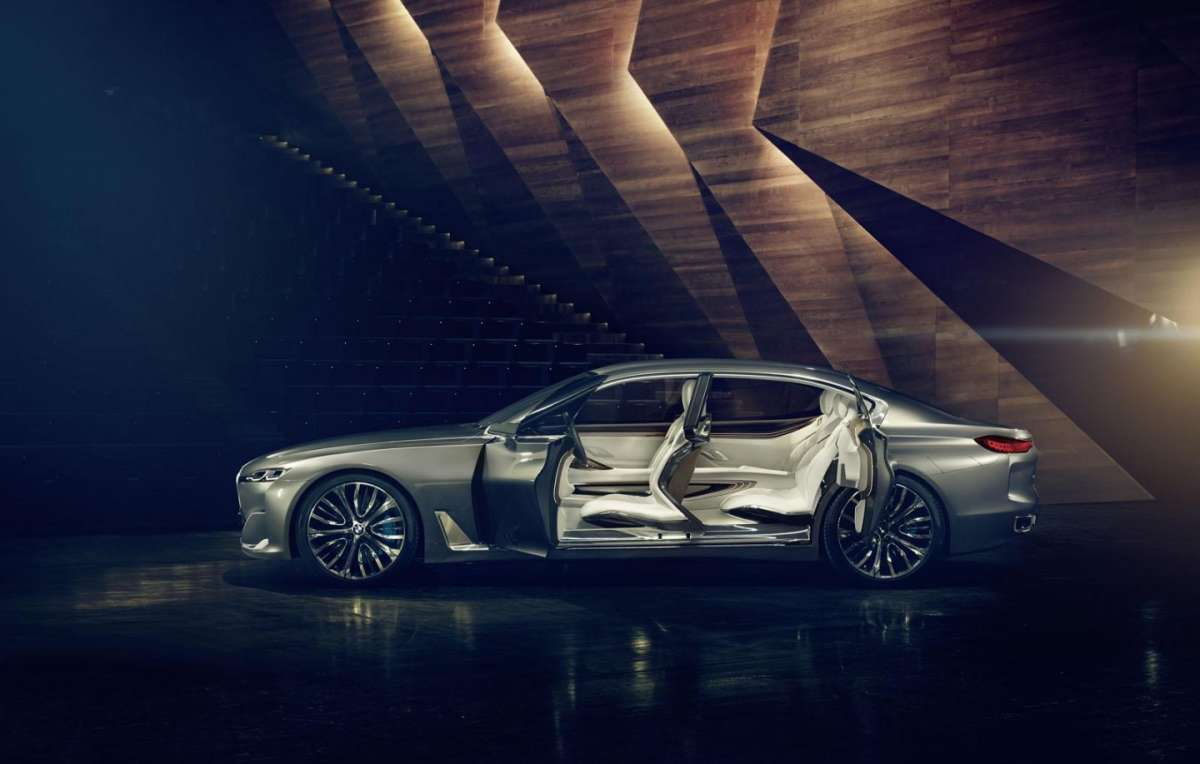 Sportelli BMW Vision Future Luxury Concept