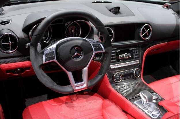 Mercedes SL 63 AMG interni