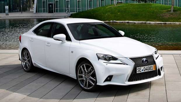 Lexus IS Hybrid 2014