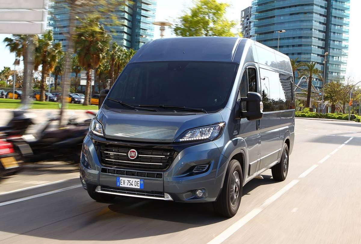 Frontale Fiat Ducato Panorama 2014