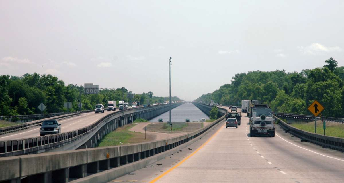 Atchafalaya Swamp Freeway strada