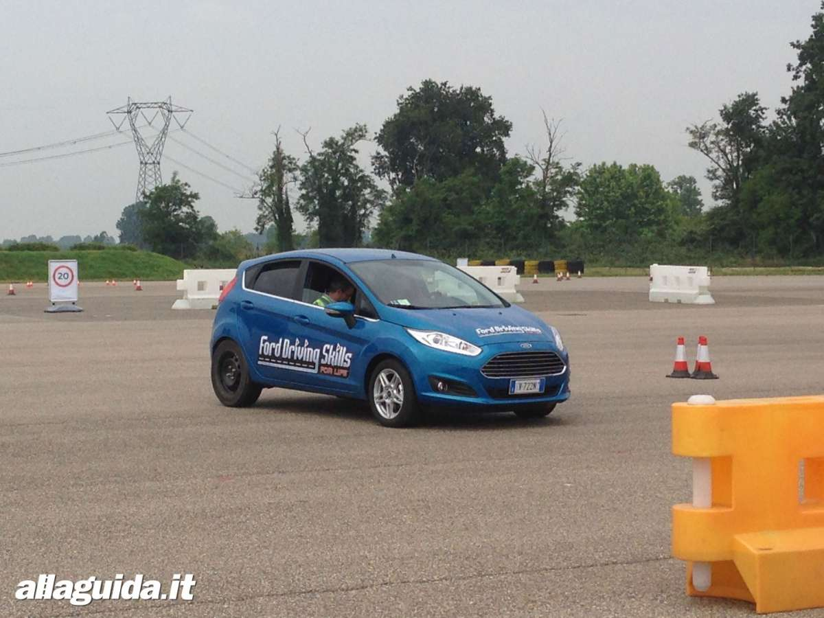 Ford Driving Skills For Life Vairano 2014  prova handling