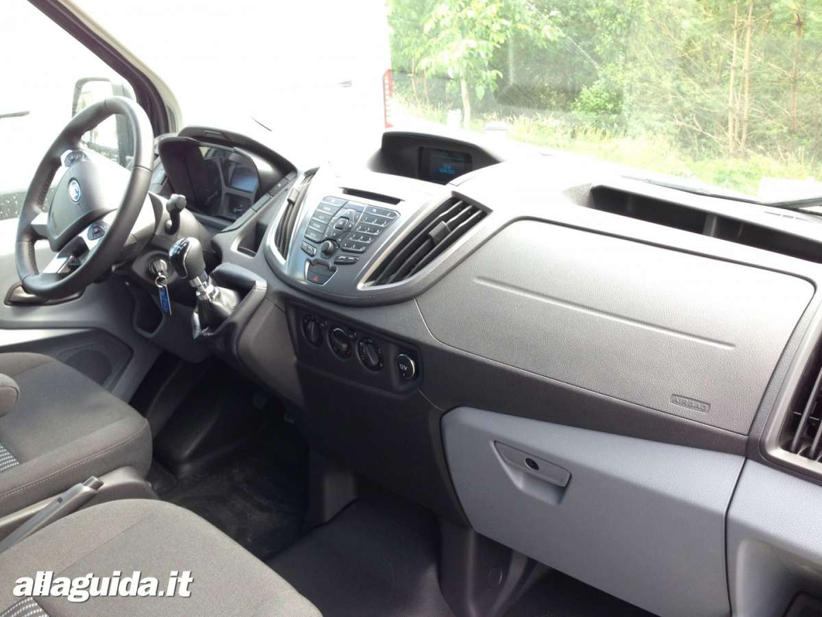 Abitacolo Ford Transit 2014