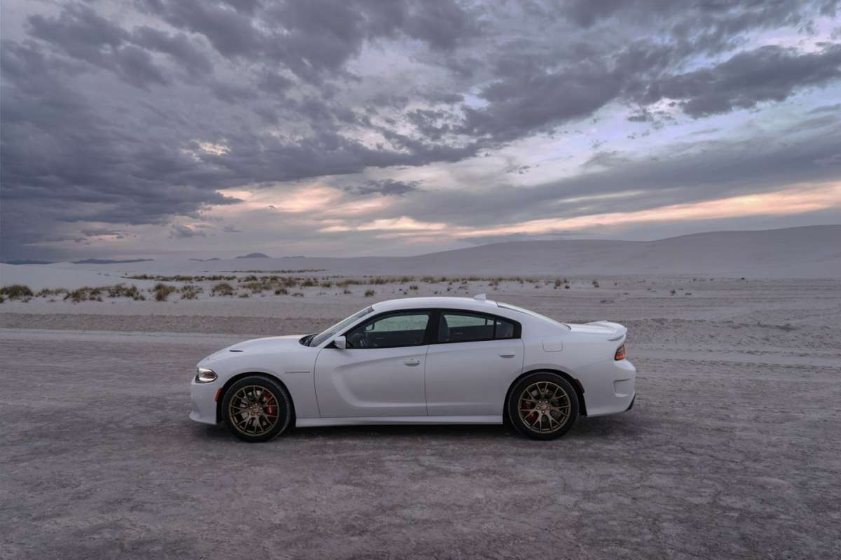 Dodge Charger SRT Hellcat laterale