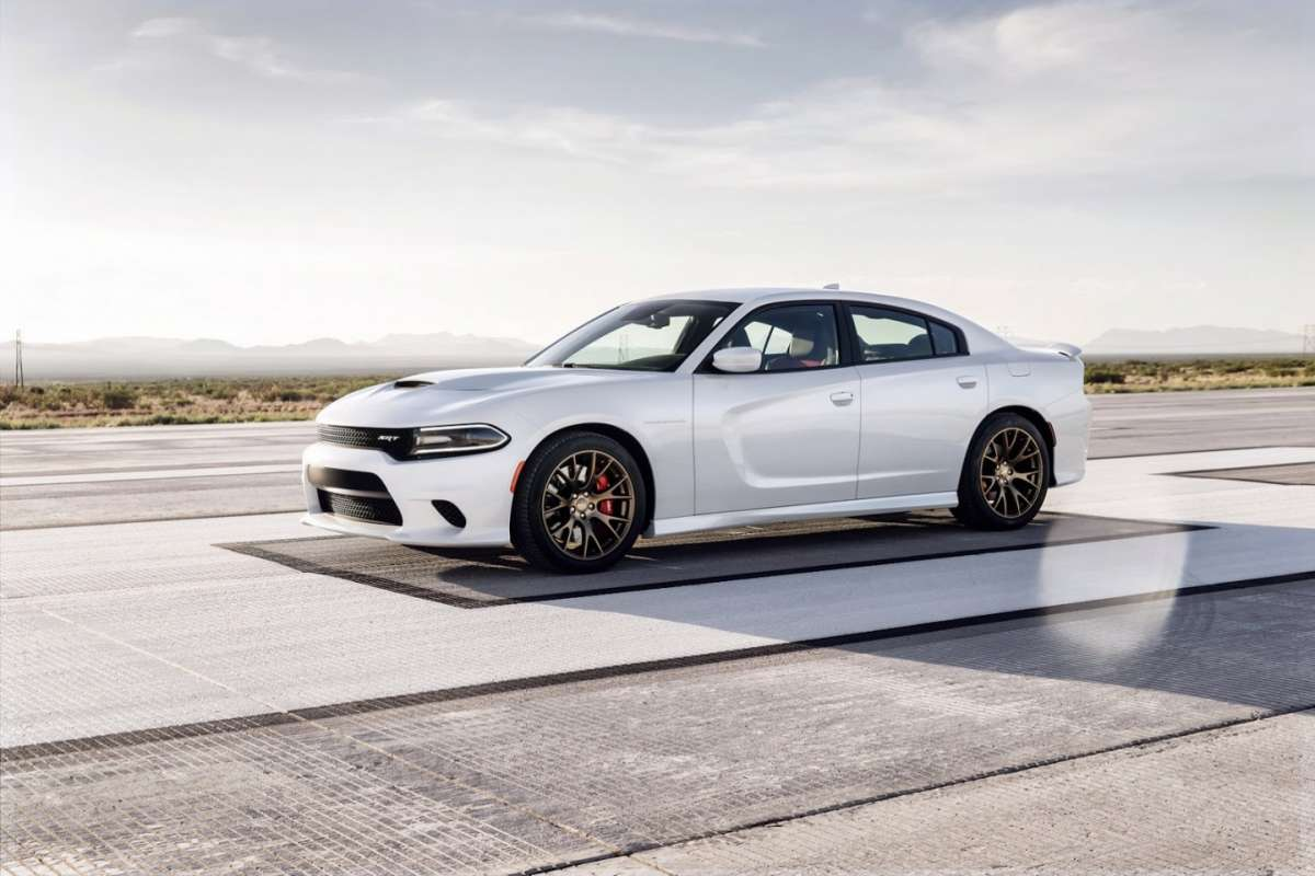 Dodge Charger SRT Hellcat musetto