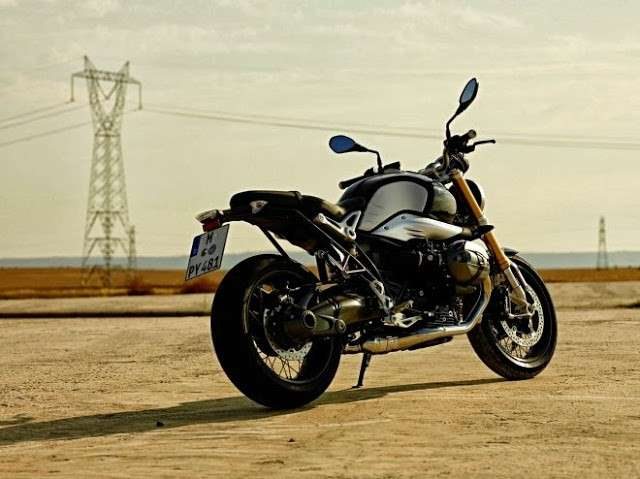 BMW R nineT laterale posteriore