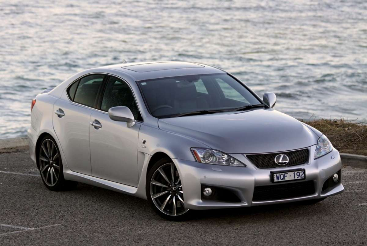 Lexus IS F 5