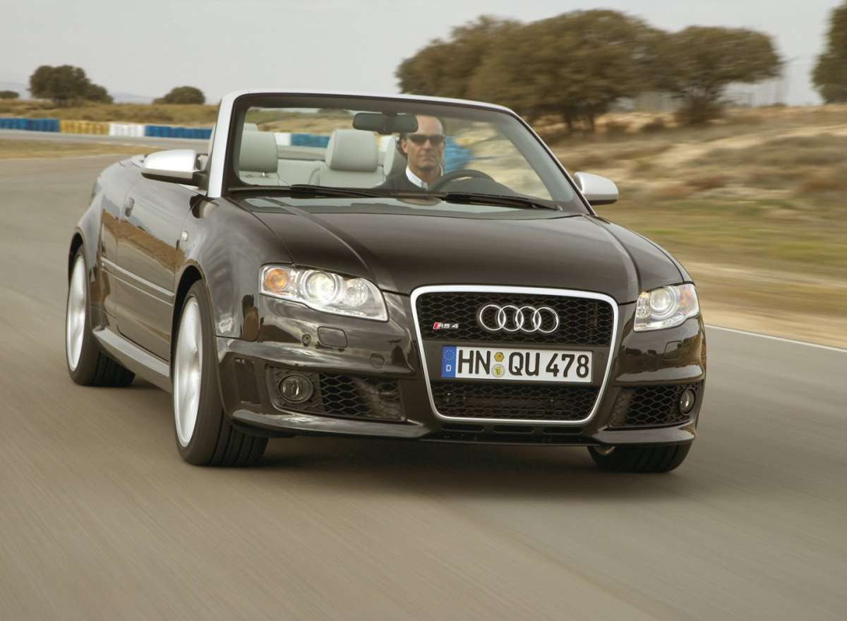 Audi RS4 b7 Cabriolet frontale