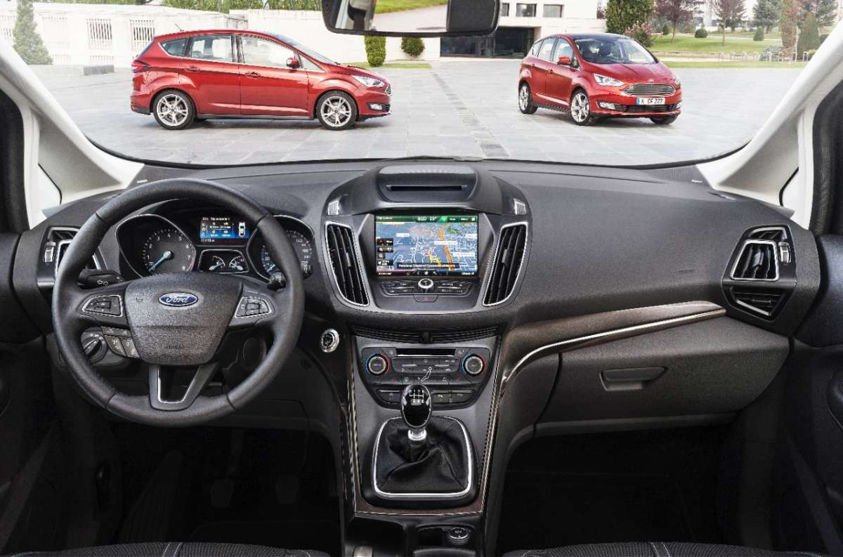 Interni Ford C-Max 2015