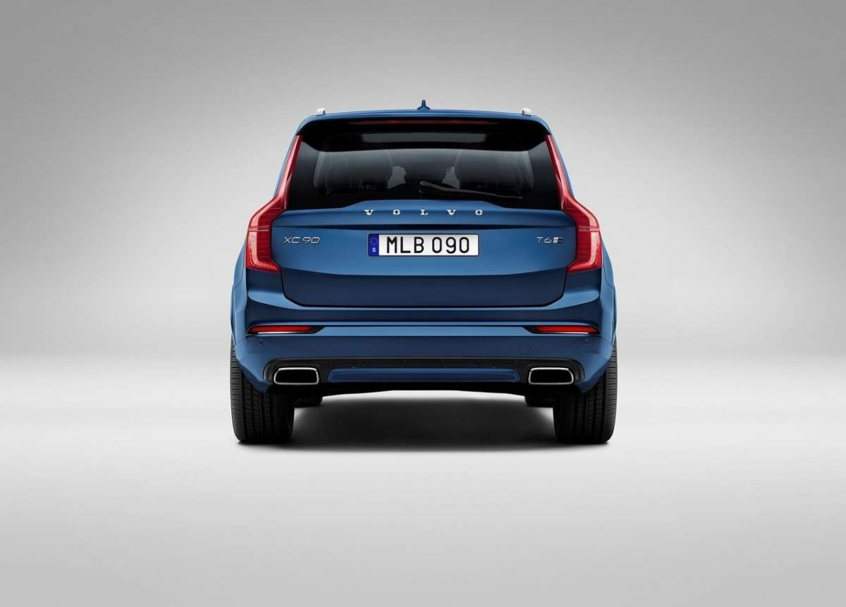 Retro Volvo XC90 2015 R-Design