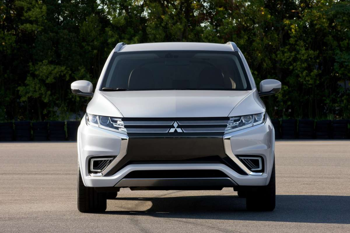 frontale Mitsubishi Outlander Phev Concept-S