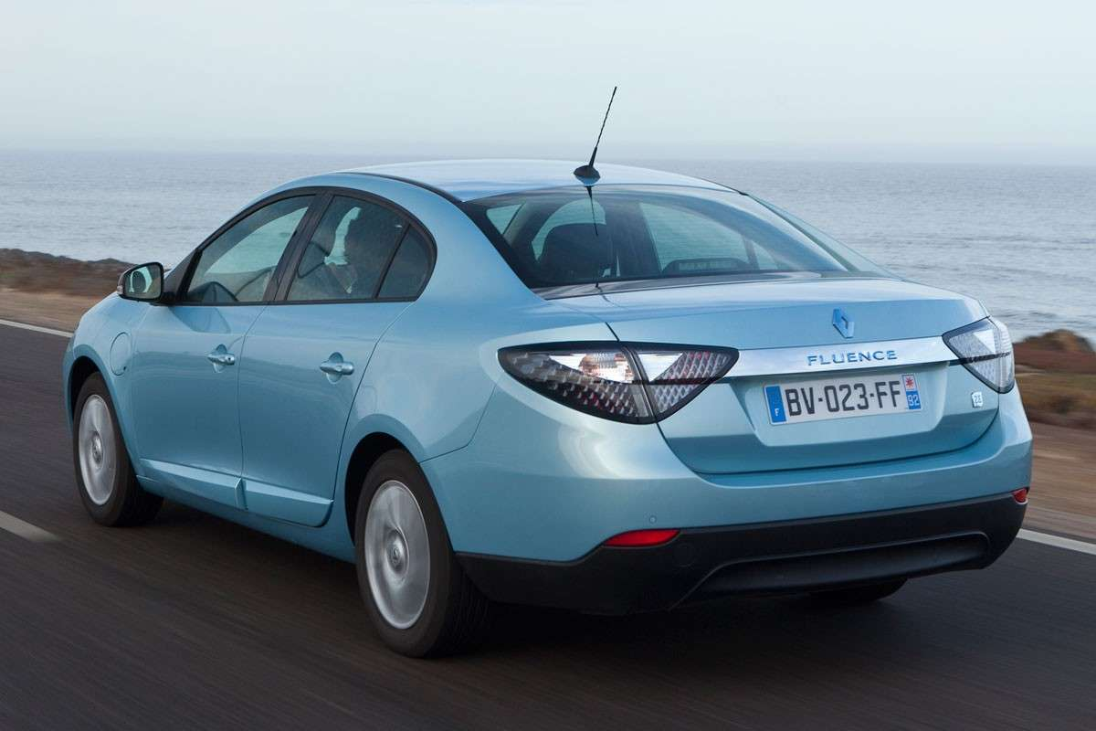Renault Fluence Z.E retro