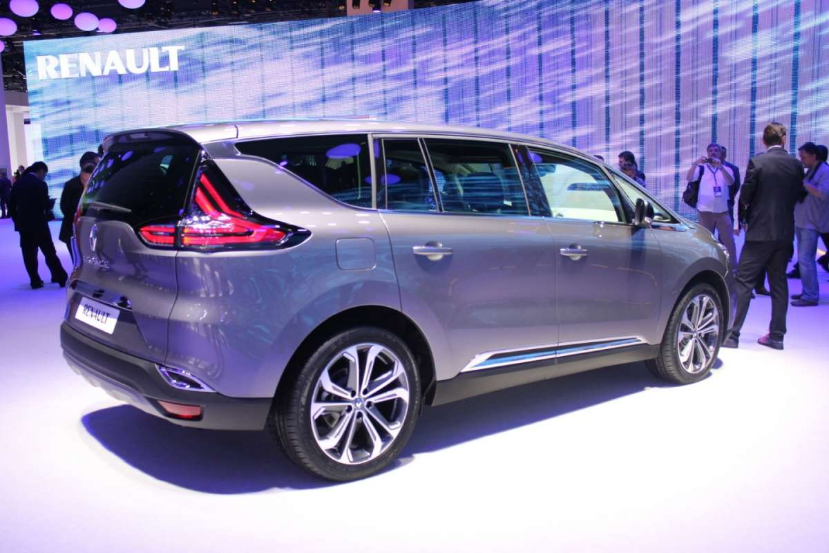 Nuova Renault Espace 2015 laterale