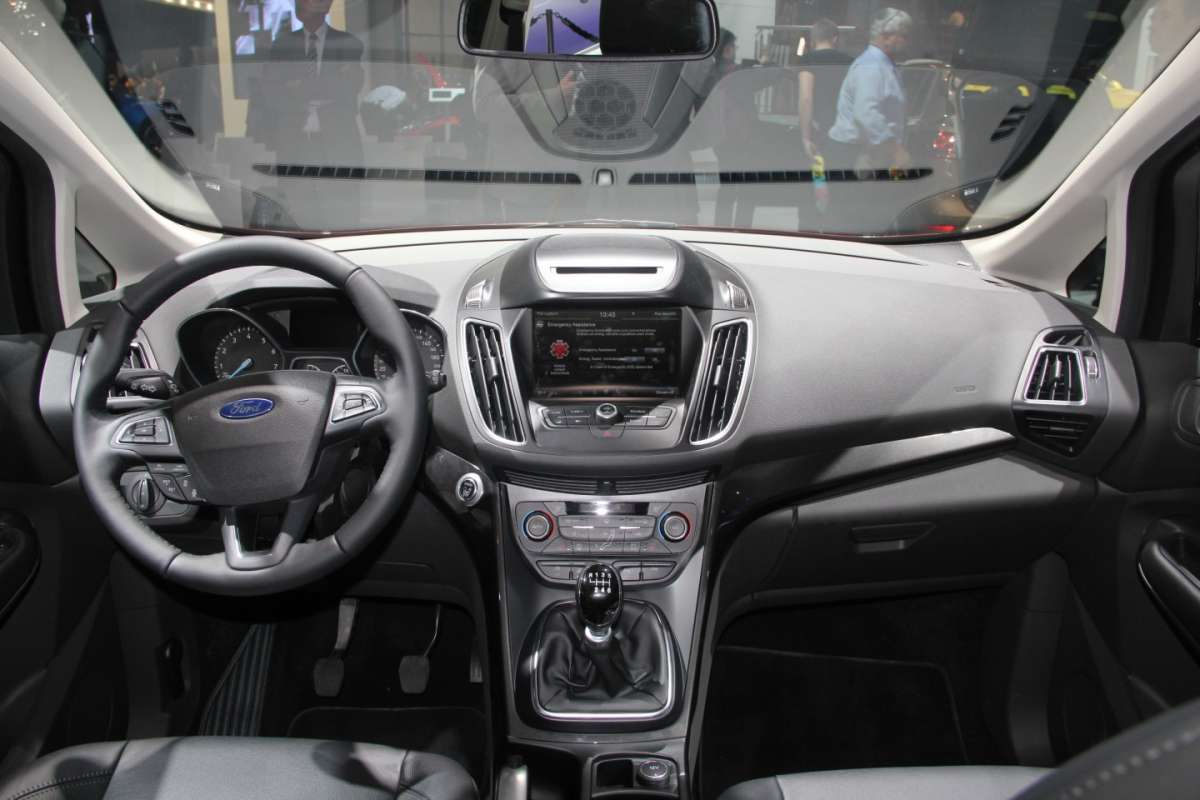 Ford C-Max restyling plancia