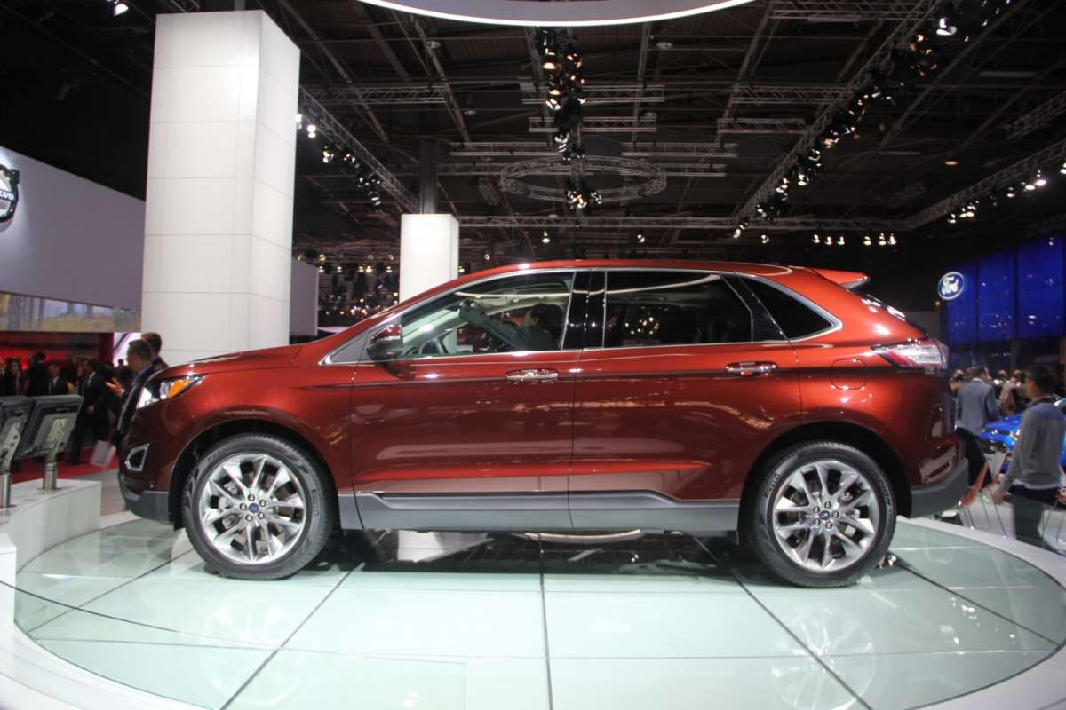 Ford Edge laterale