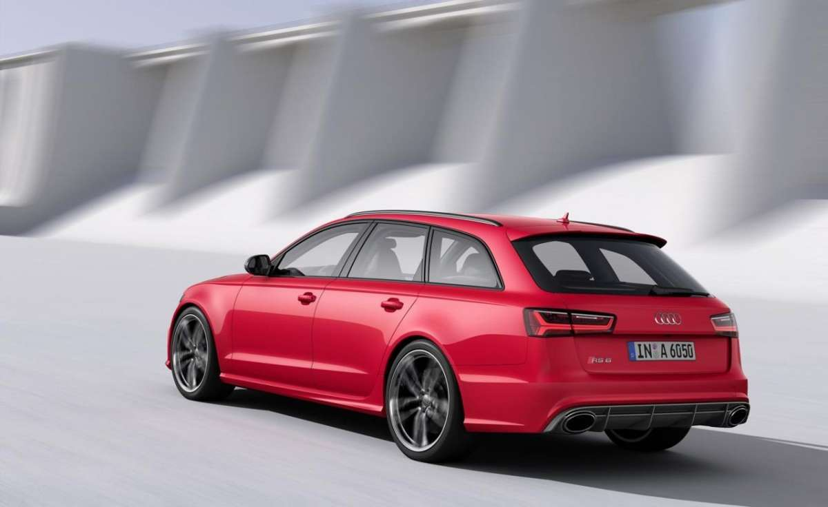 Laterale posteriore RS6 Avant 2015
