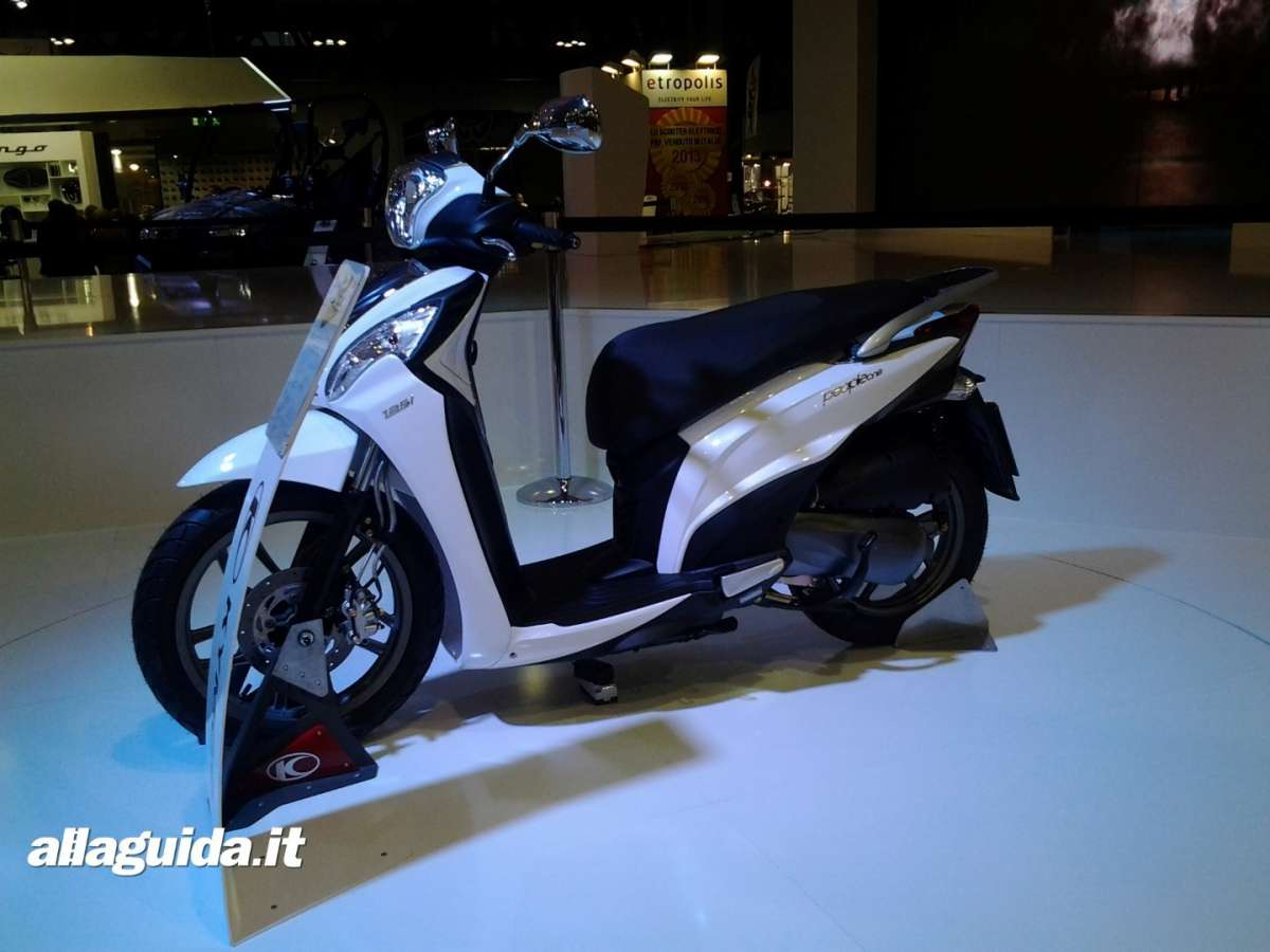 Stop del Kymco downtown 300i