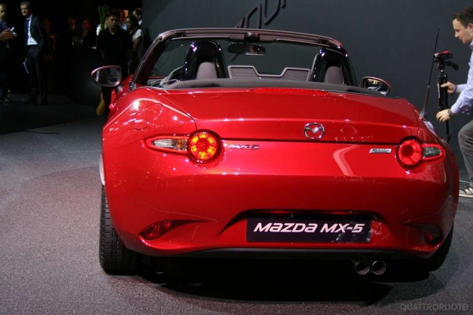 Mazda Mx-5, design pulito.